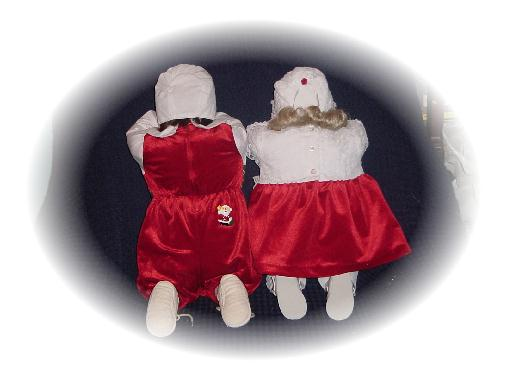Seasonal Kneeling Boy & Girl